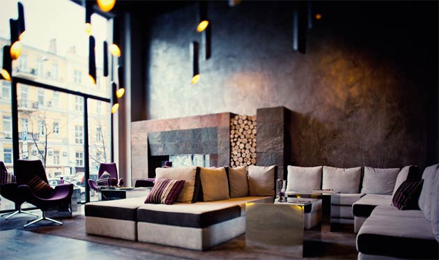 The ambiance is further highlighted with extensive use of modern colours and material, wide panoramic windows, silver mirrors and artistic decoarations with Majolican artist Taras Tkachenko, together provide a final stunning finish to the hotels overall look and feel.
