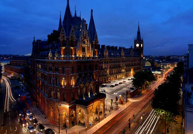 The luxury five-star St Pancras Renaissance Hotel in London has announced the launch of its new Eurostar VIP transfer service.