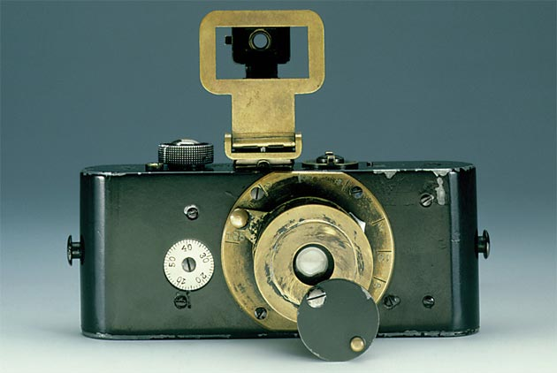 Simone Zeffiro looks at the history of Leica Cameras and discovers what makes it such a well loved brand. 2