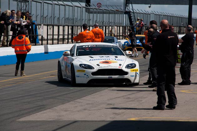 The Driving Forces - Aston Martin GT4 Challenge - Donington Park 4