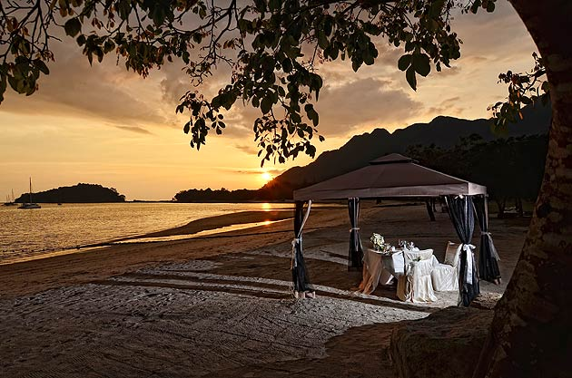 Beachfront dining at the Danna Hotel in Langkawi