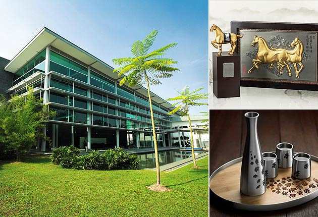The Royal Selangor Visitor Centre comprises three main sections; the Gallery, Factory Tour and Retail Store.