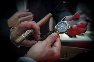 Hublot and Arturo Fuente ForbiddenX watches are designed in a shade of brown which works in perfect harmony with the colour of the tobacco leaves in the dials