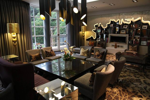 Love Is In The Air At The Crowne Plaza London Kensington
