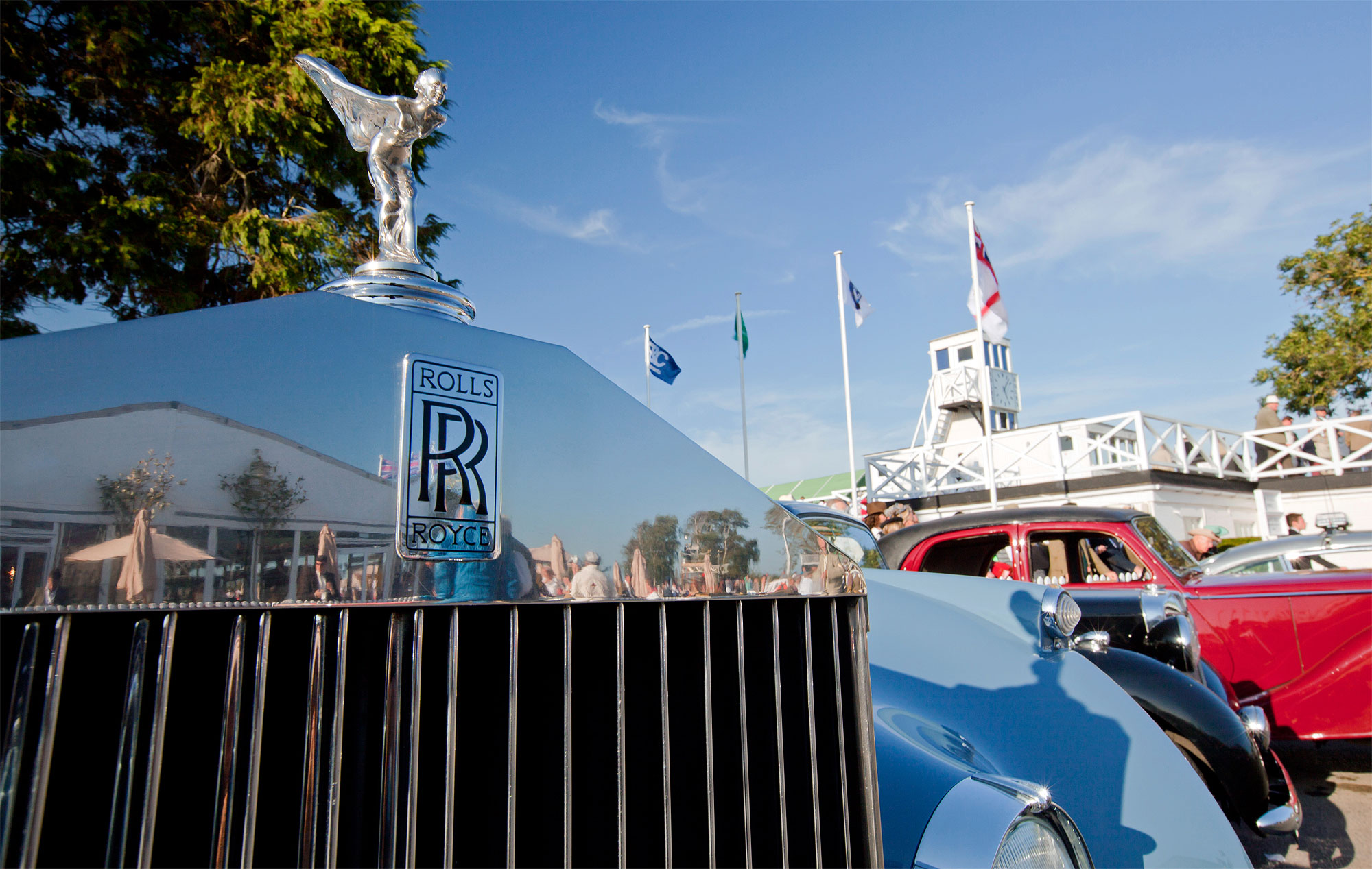 Rolls-Royce Motor Cars once again, wowed the crowds at the Goodwood Revival with a stunning collection of cars from their illustrious past and the present day