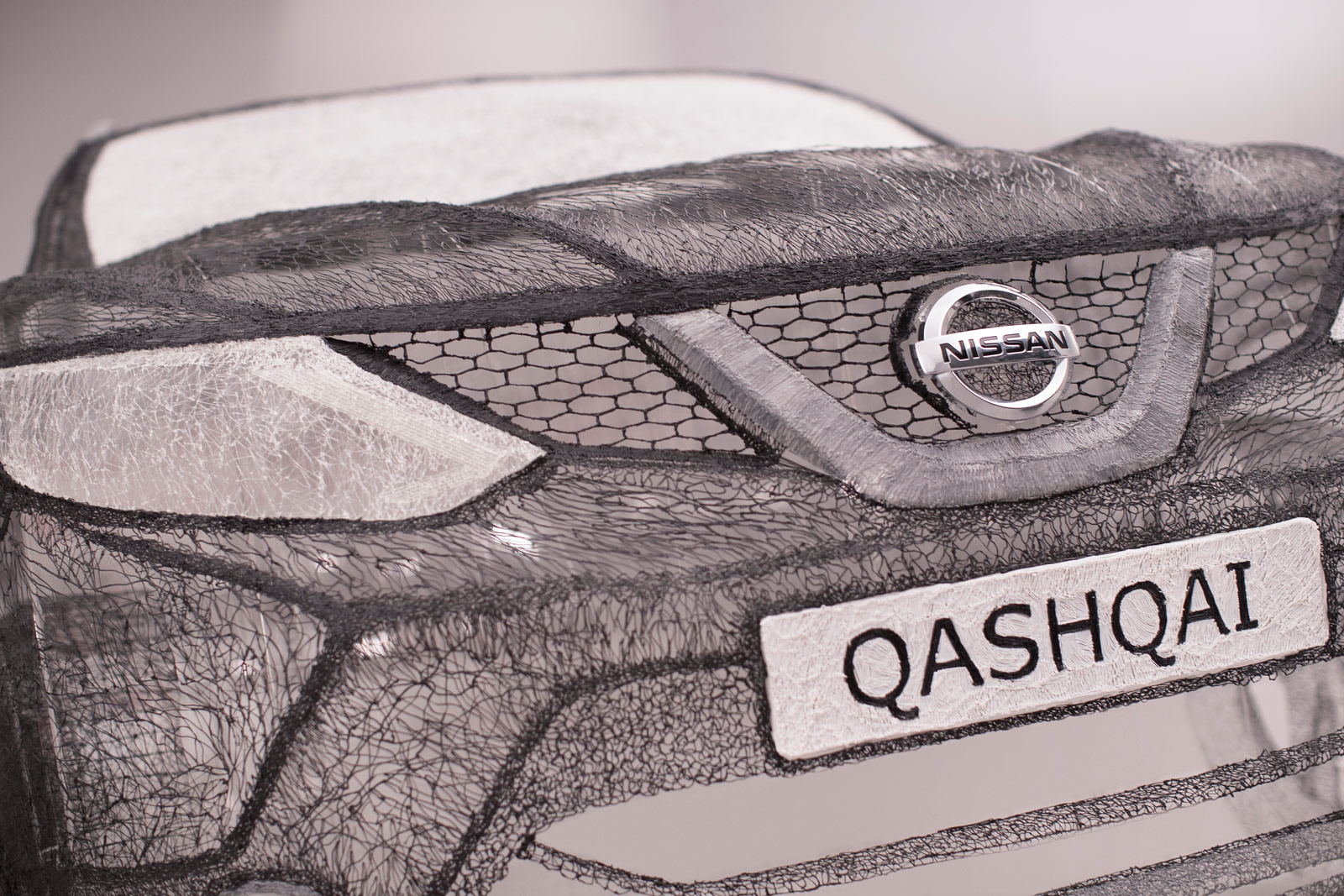Nissan Draws Full-Sized Qashqai Black Edition Using 3Doodler 3D Pen