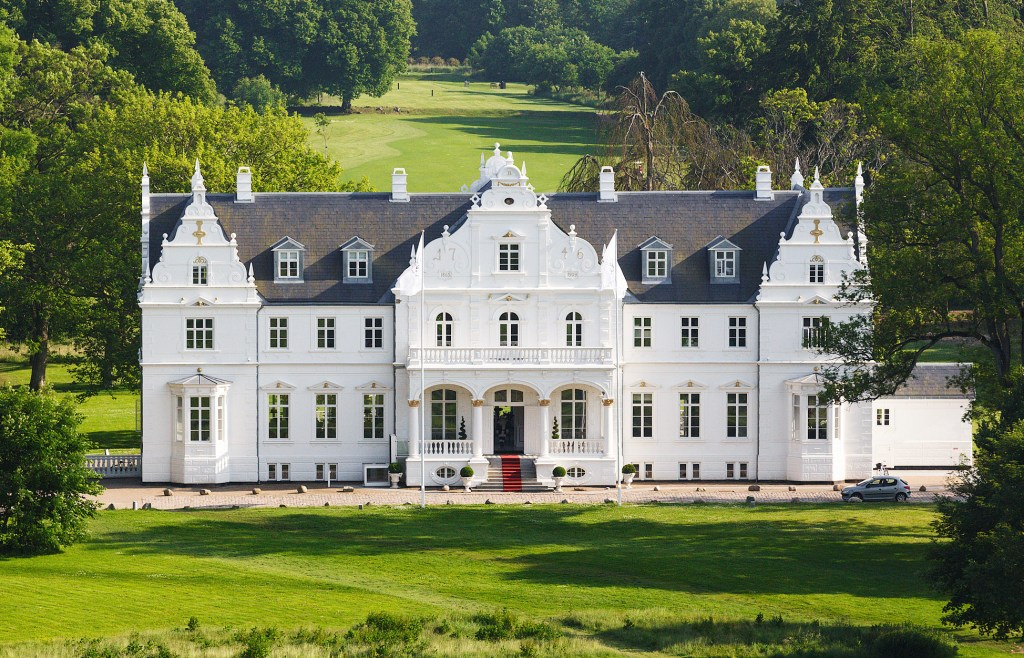 Copenhagen Guide: A real-life fairytale at Kokkedal Castle
