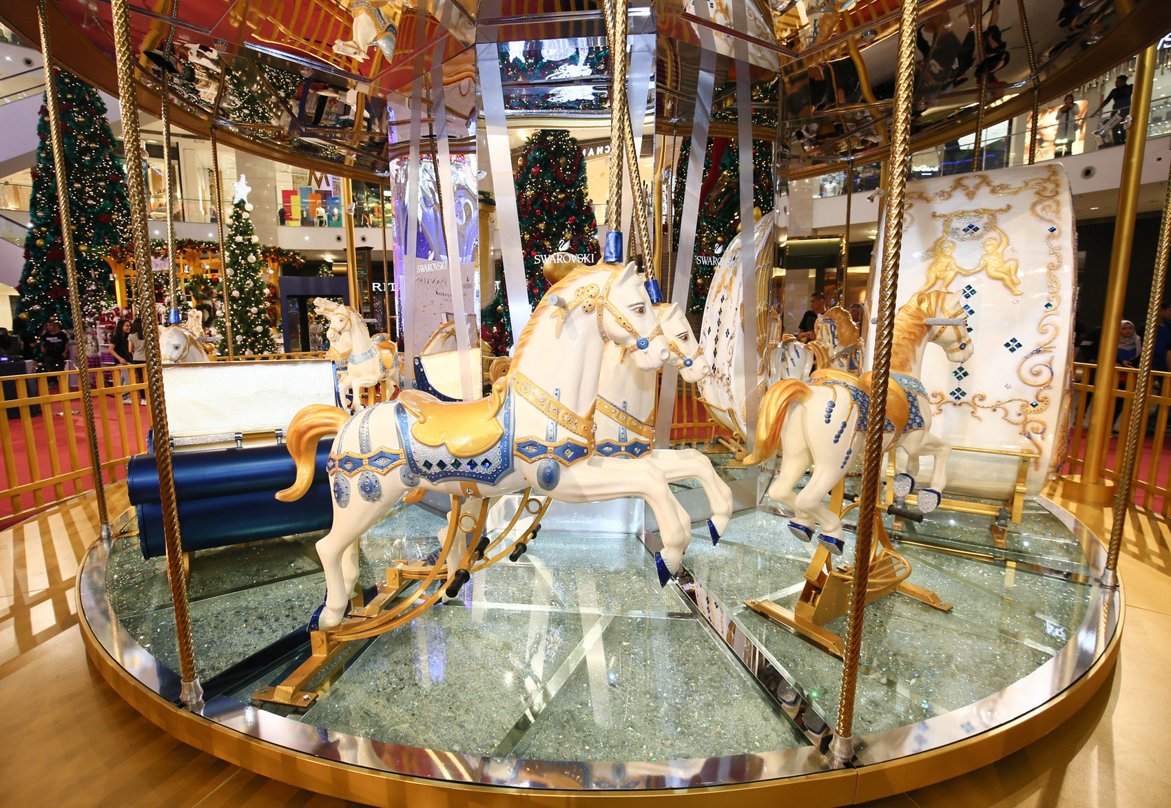 Swarovski Introduces The World's First Crystallised Merry-Go-Round 2