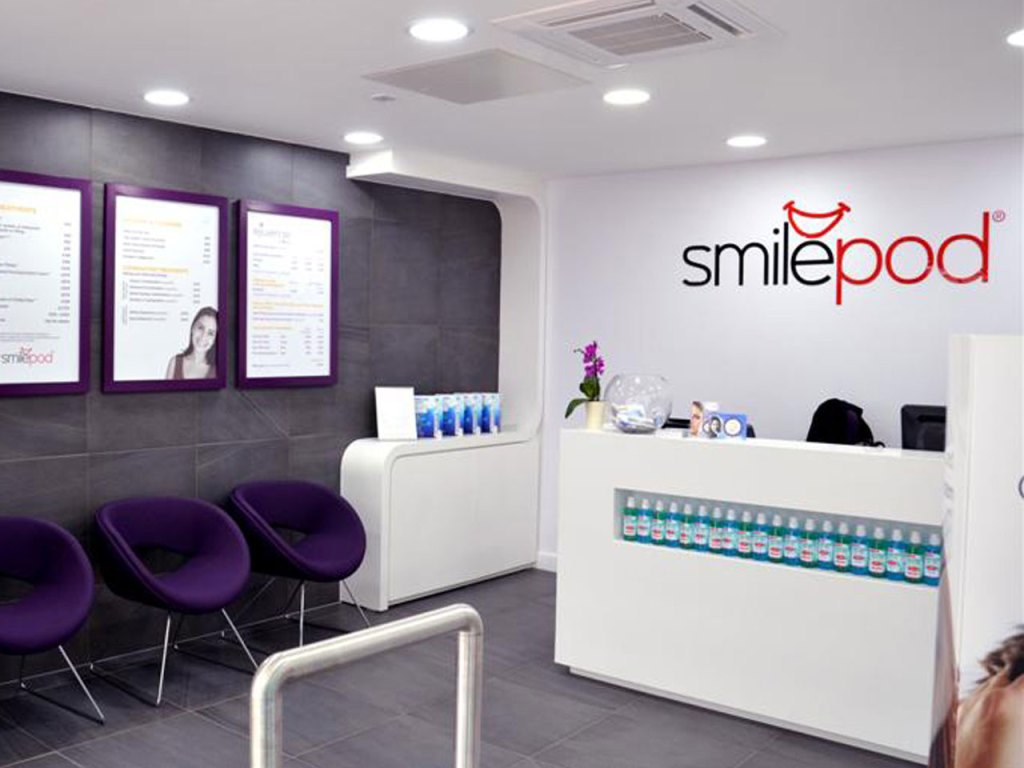 Picture showing one of the recepetion areas at Smilepod