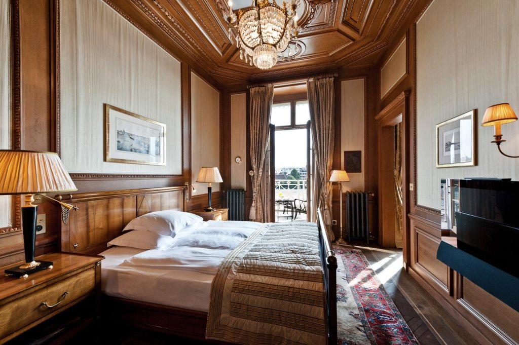 Bedroom suite at the Grand Hotel Les Trois Rois in Basel