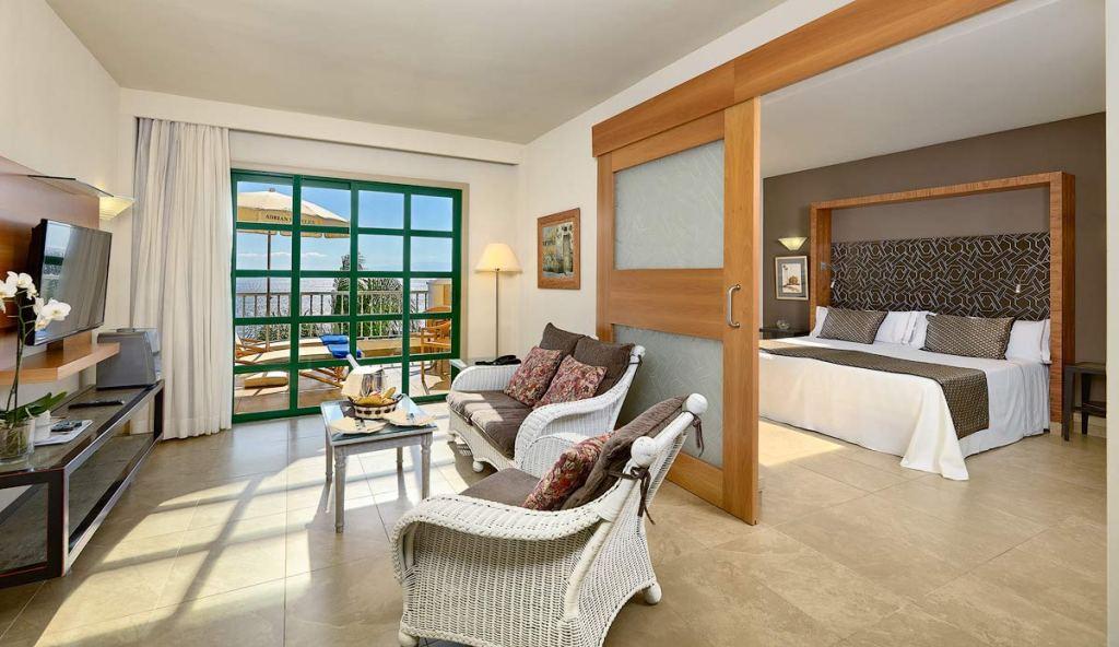 Ocean Views From The Jardines De Nivaria Hotel In Tenerife 6
