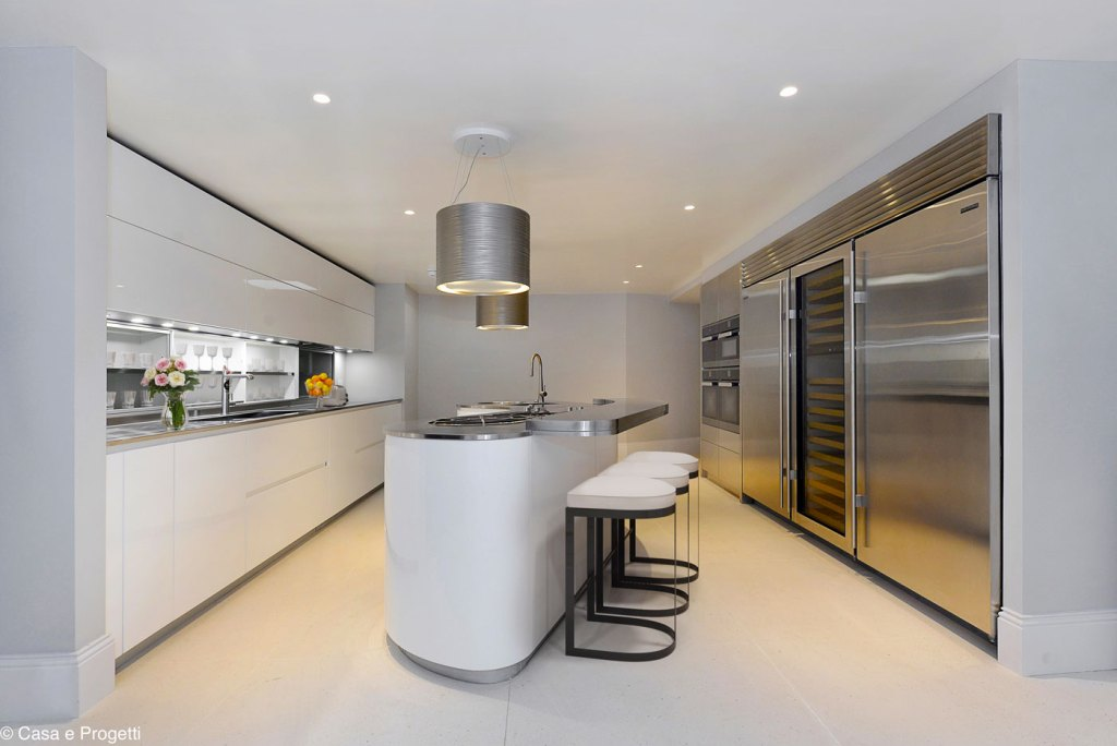 The kitchen breakfast room