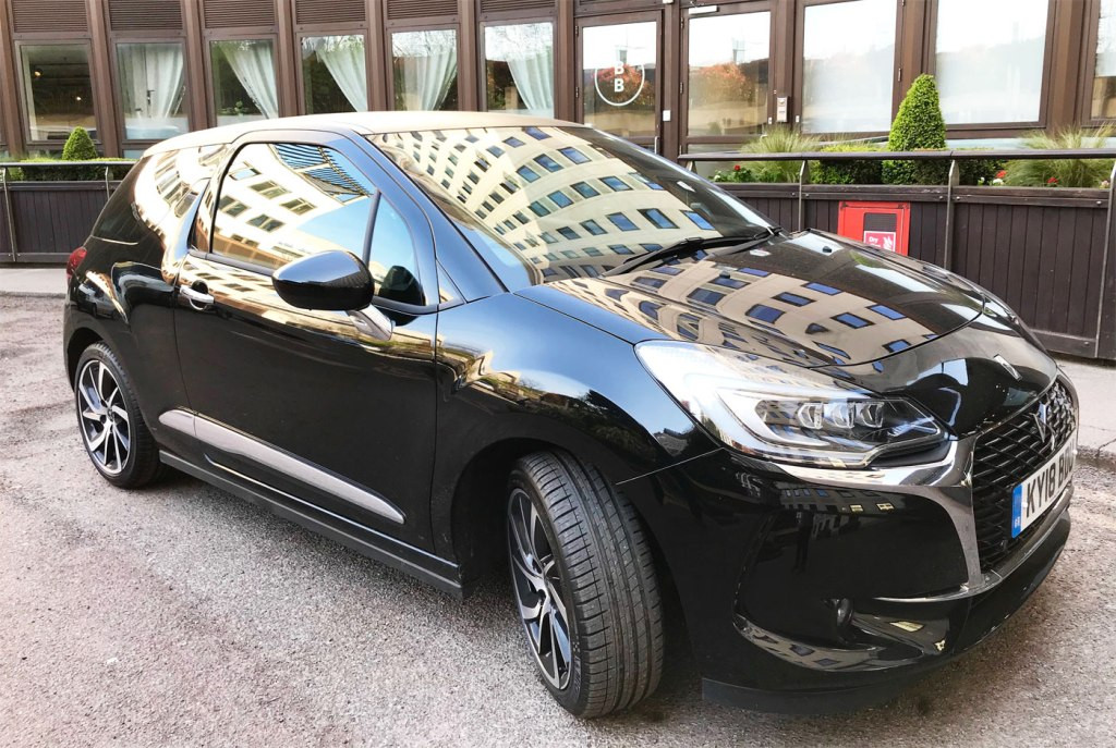 Black is the new black with the DS 3 Black Lézard