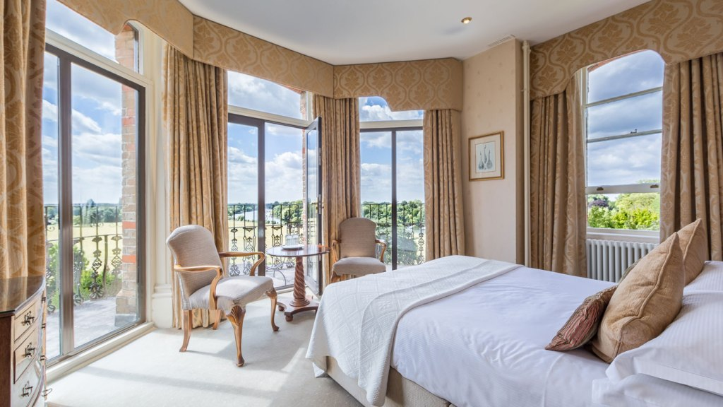 Deluxe riverview room at the Petersham Hotel
