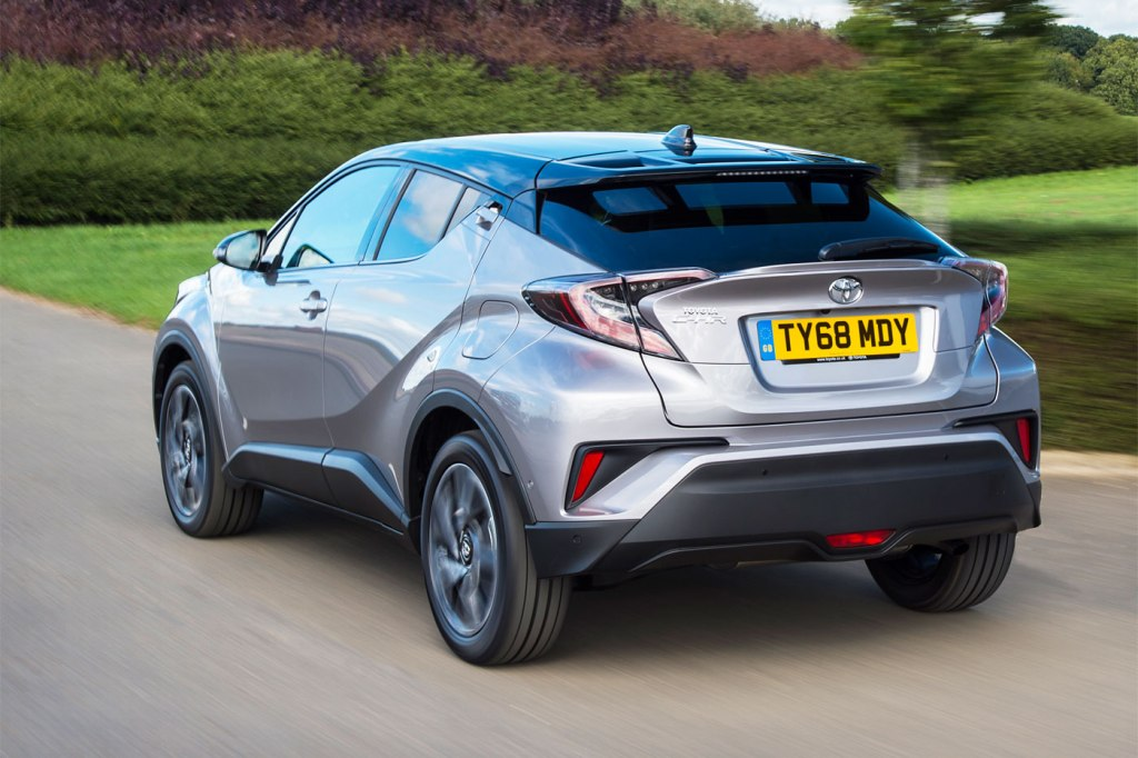 Toyota C-HR Dynamic Hybrid 1.8 5-Door Test Drive and Review 14