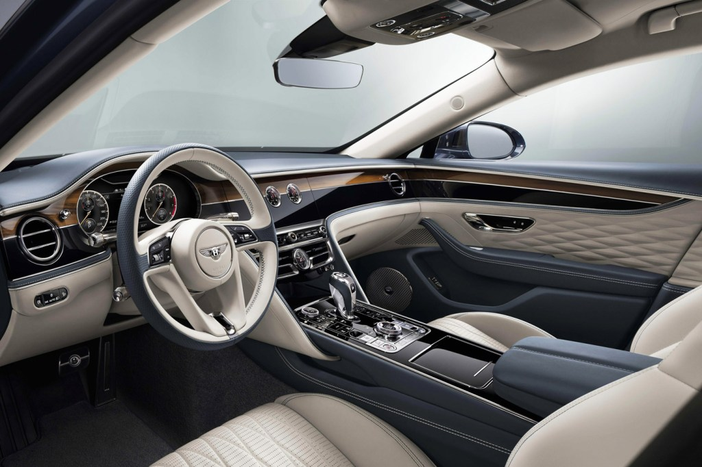 The Newly-Designed Bentley Flying Spur is a Technological Tour de Force 10