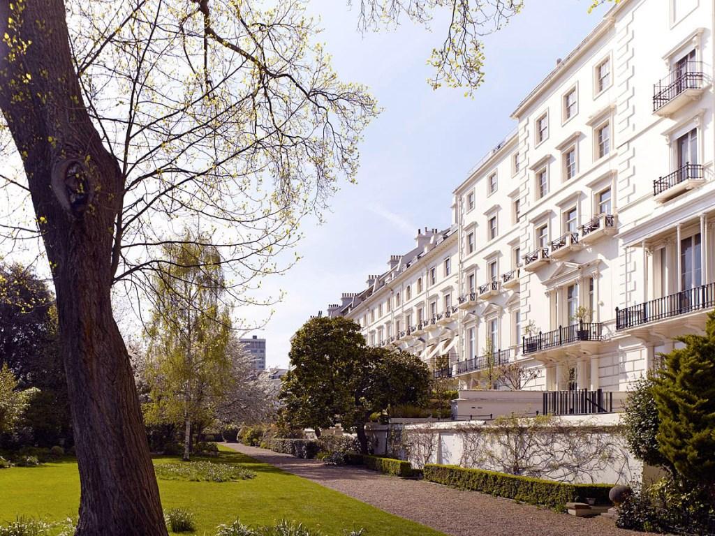 Hyde Park Gardens in London W2
