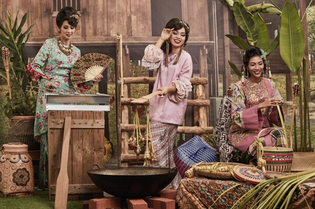 Luxurious Magazine Interview with Malaysian Fashion Designer Melinda Looi 2
