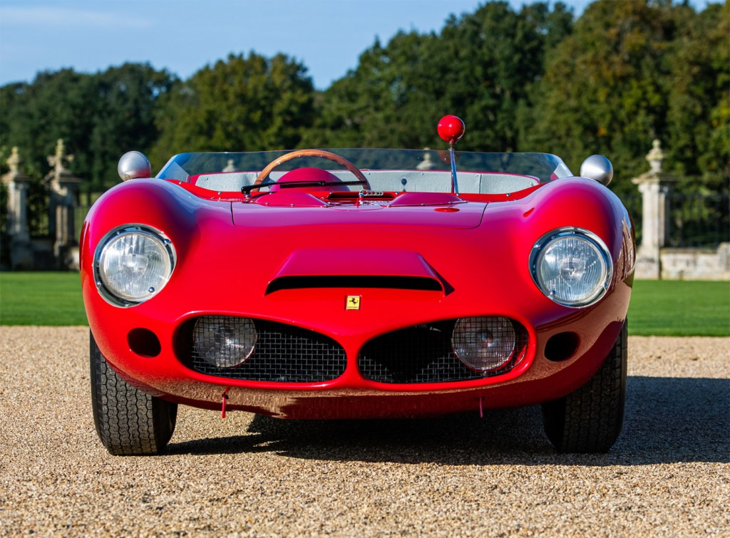 The front profile of the Auto Royale Shark Nose Ferrari 196 SP.