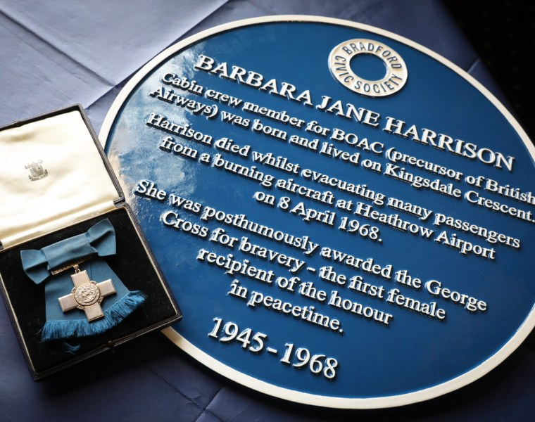 Blue Plaque for Former BOAC Cabin Crew Member Barbara Harrison 15