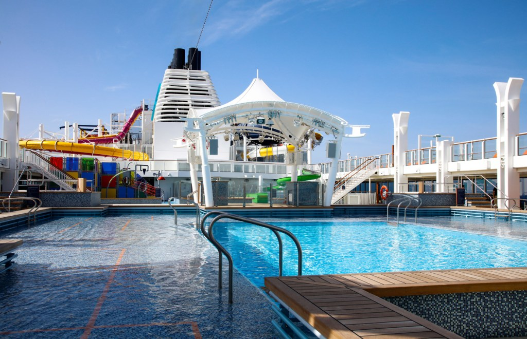 The main swimming pool on the Genting Dream.
