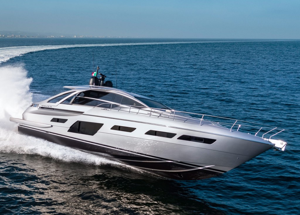 The Pershing 7X Puts the Pressure on Every Other Boat in its Class