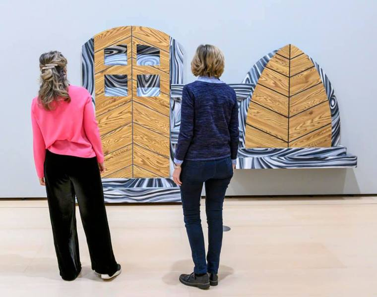 Visitors to the Guggenheim Museum Bilbao