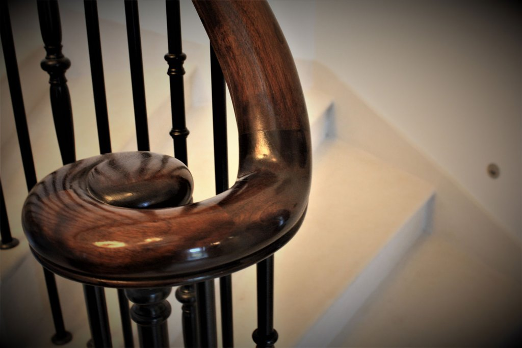 Tregavethan Manor balustrade and handrail