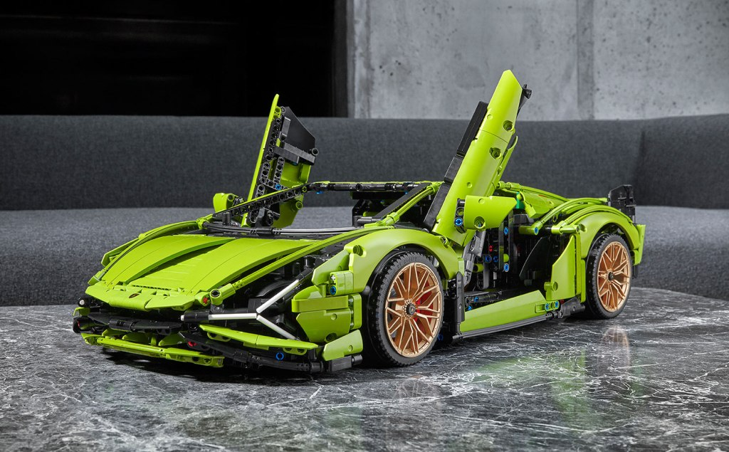 Piece Together Your Own Lamborghini Sián With LEGO Technic
