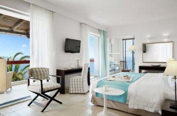 hotel eagles palace halkidiki junior suite - Die exklusivsten Luxushotels Griechenlands