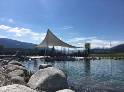 Sonnenhof_winkler_hotel_pustertal_Suedtirol_wellness_urlaub_familienhotel_test_kronplatz_outdoor_berge_012_pool_95