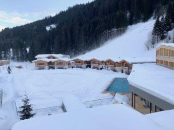 Feuerstein-Family-Resort-Brenner-hotel-oben