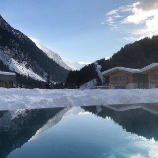 Feuerstein Family Resort Brenner pool 6 - Feuerstein Family Resort am Brenner in Südtirol - Entspannter Luxus