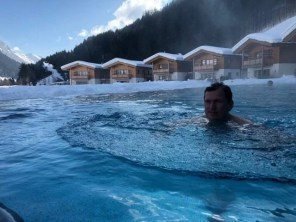 Feuerstein-Family-Resort-Brenner-pool-daniel