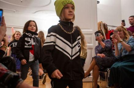 Designer Kindermode Kinderbekleidung KidsFashionShow 3 - Designer-Kinderkleidung bei der Prisco Project Kids Kindermodenschau in München