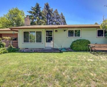 360 Cambridge St, Ashland, OR 97520
