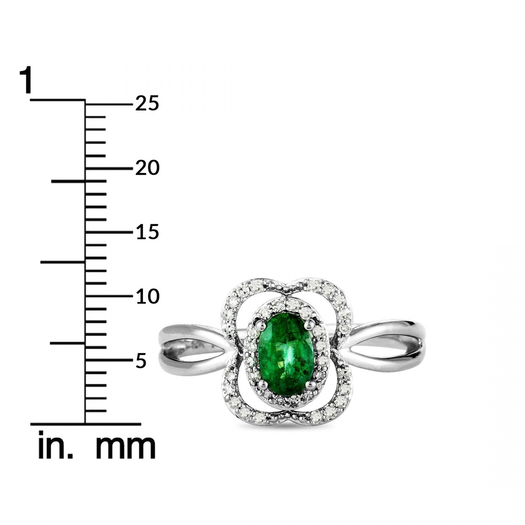 14K White Gold Diamond and Emerald Rectangle Cushion Ring