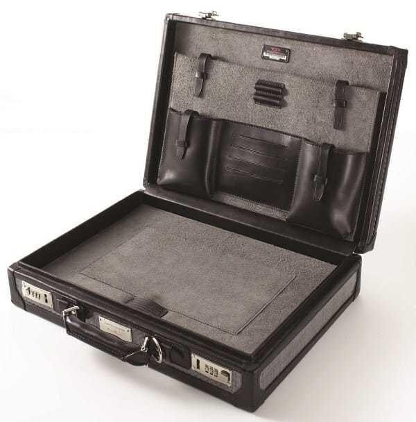 Interior of the Tumi Tegra-Lite Briefcase