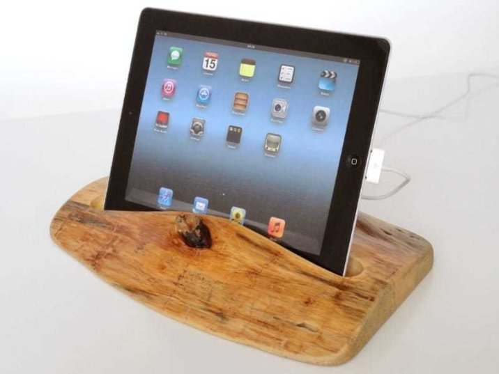 vallis-wood-ipad-ipod-dock-12