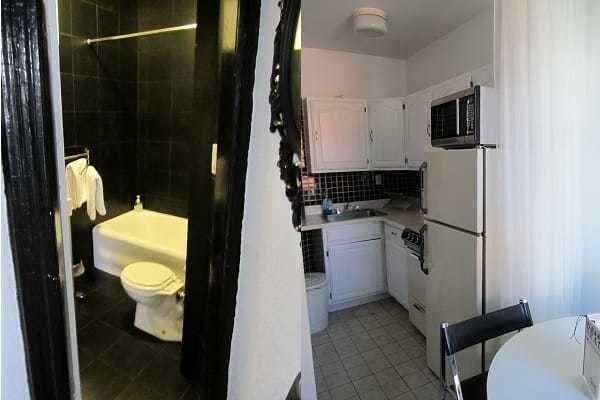 Bathroom and kitchen in MySuites Salt Suite