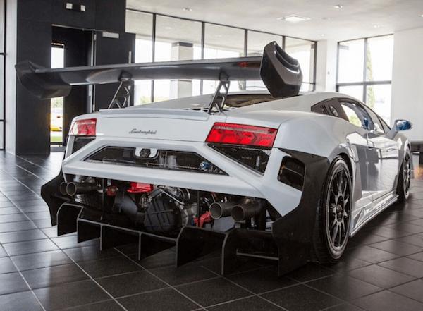 2013 Lamborghini LP570-4 Super Trofeo back
