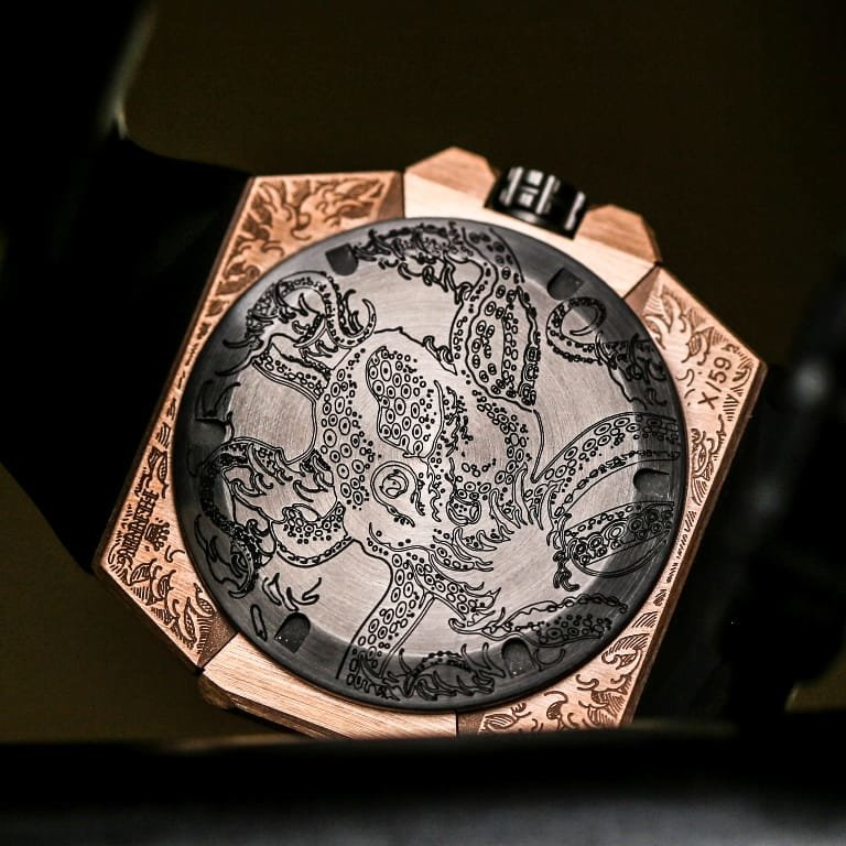 Linde Werdelin Oktopus Moon Tattoo Back Case