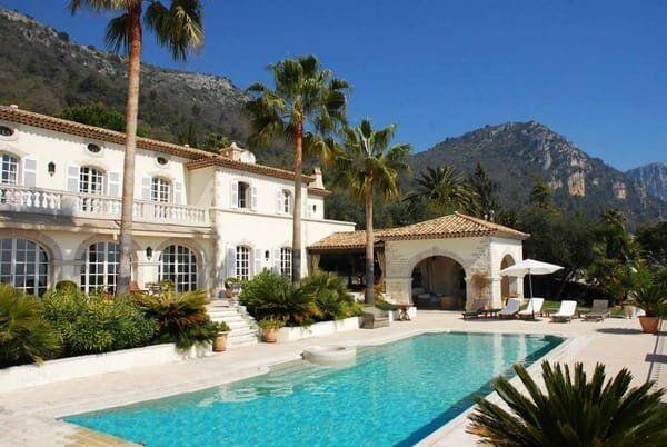 Carlton International luxury vacation rentals
