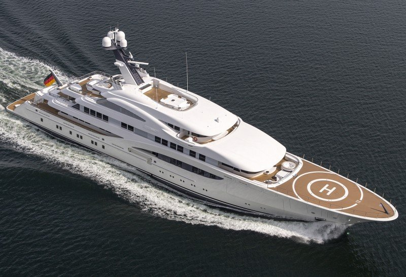 The Monaco Show Amp Charter Yachts We Recommend
