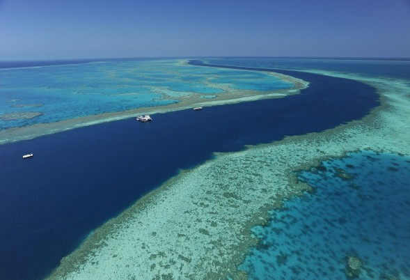 Great Barrier Reef Luxury Yacht Charter Guide What You Need To Know