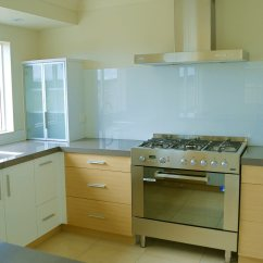 Glass Kitchen Backsplash Island Tables In New York Jersey Luxuryglassny Simple And Clear