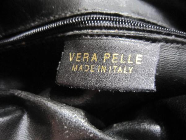Vera Pelle Saumur Black Leather Crossbody Bag-4