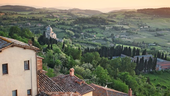 https://i0.wp.com/www.luxurytravelmagazine.com/images/article/Slow_Food/Montepulciano-view.jpg