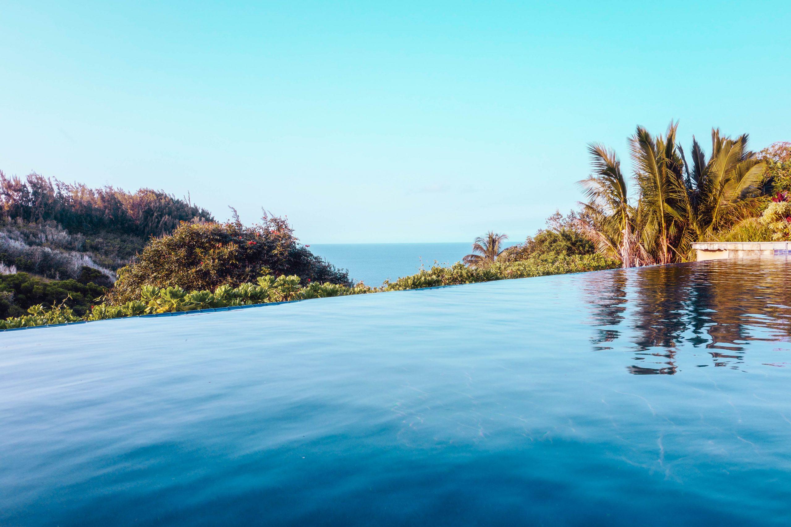 Infinity Swimming Pool Villa Luxury