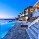 rent a luxury villa in Crete